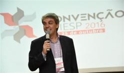 Fernando Santos fala aos associados presentes no evento
