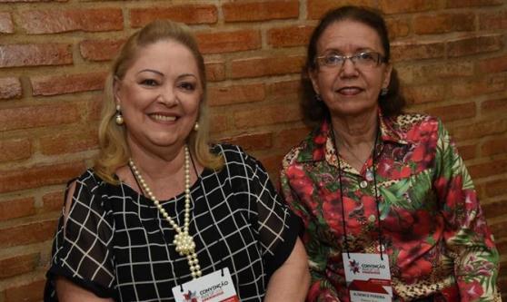 Izameire Azevedo, da Iza Travel, e Aldenice Pereira, da Discover Tours