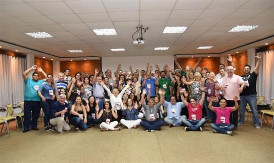 Foto de encerramento com todos os participantes da Convenção Aviesp 2016