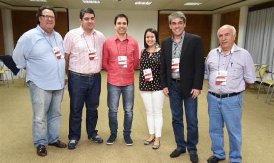 José Roberto Pitol, Marcos Lucas, Daniel Biancareli, Juliana Assumpção, Fernando Santos e Sebastião Pereira, da AVIESP