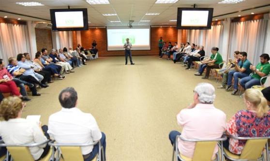 Parte da tarde foi reservada para debates entre os associados