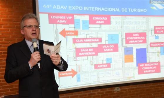 Edmar Bull esteve na convenção para falar das parcerias entre Abav e Aviesp, além do sucesso recente da Abav Expo