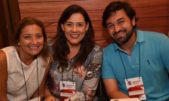 Mariana Bellucci, da Local Turismo, Andrea Guimarães, da Perfil Viagens e Turismo, e Marcelo Gatti, da G Tour