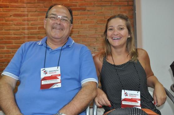 Ivan Rodrigues, da Interglobe Viagens e Mariana Belluci, da Local Turismo