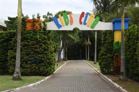 O resort também conta com espaço para crianças