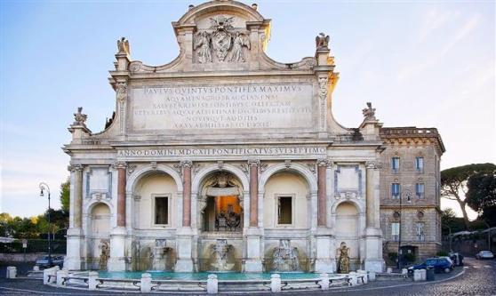 fontana-dellacqua-paola