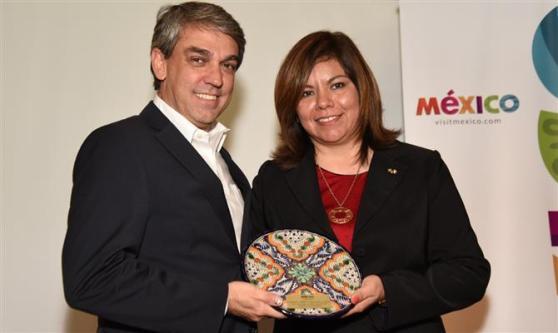 Fernando Santos, da Aviesp, e Diana Pomar