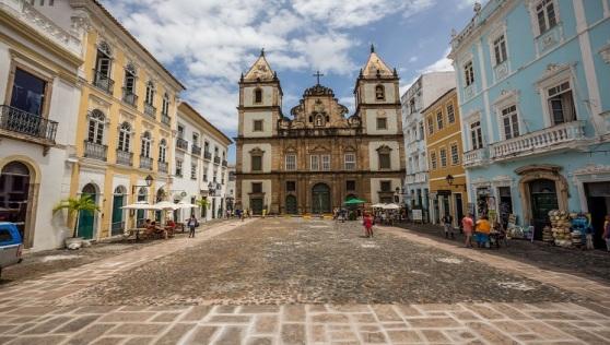 Turistas e moradores de Salvador poderão conhecer a história da primeira capital do país aos sábados e domingos (Foto: Embratur)