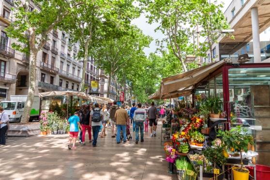 Barcelona, La s Ramblas high street