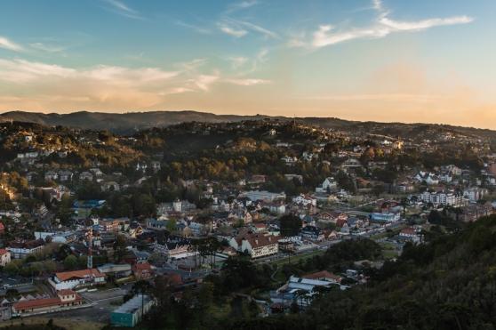 Vista da cidade de Campos do Jordão a partir do ponto do morro do Elefante.