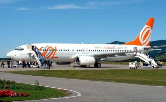 Data da foto: 2005 Passageiros embarcando em avião da Gol Transportes Aéreos.
