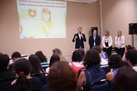 O curso é realizado no Centro de Convenções de Pernambuco, entre os dias 24 e 27 de janeiro