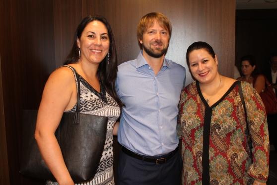 Lizandra Pakak (Paradise Coast) , Thomas Rebergue (AirTahitiNui) e Rafaela Brown ( Visit Florida)