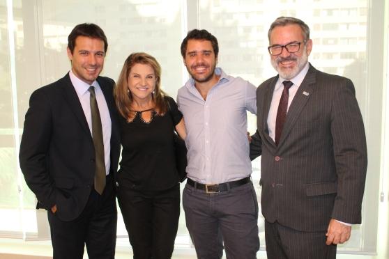 Eduardo Zorzanello e Marta Rossi (Festuris) ; Jean - Bruno Gillot (Cap/Amazon) e Clovis Casemiro (IGLTA)