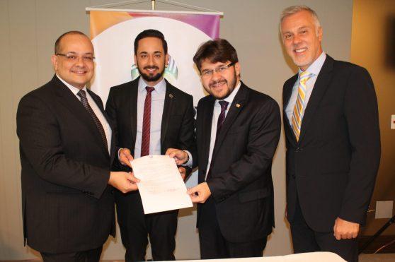 Marcelo Michieletto (ABTLGBT),  Wilson Andrade de Freitas (Embratur),Gilson Lira (Embratur) e Luiz Carlos Moro Redeschi (ABTLGBT)