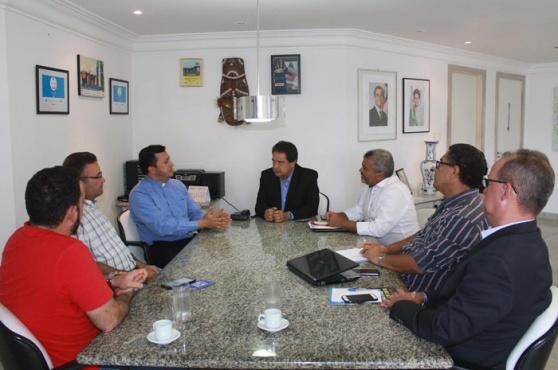 Reunião desta terça-feira (8) contou com profissionais da área e decidiu por promover o Turismo Religioso na Bahia.