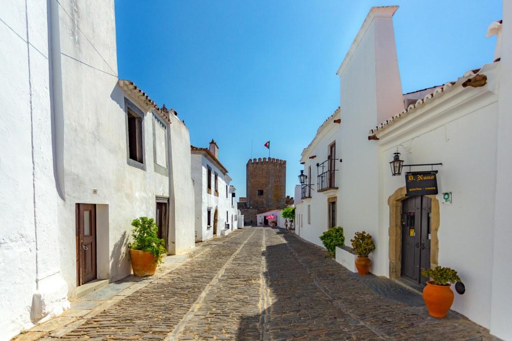 Ruas de Monsaraz - região do Alentejo em Portugal_Crédito - Divulgação Turismo do Alentejo